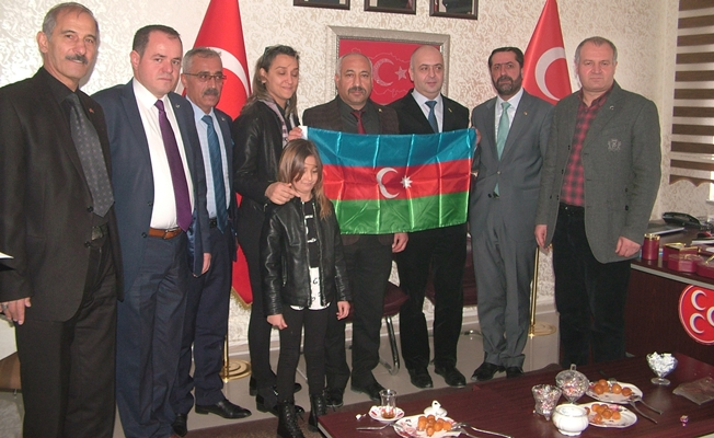 Azerbaycan heyetinden MHP'ye ziyaret