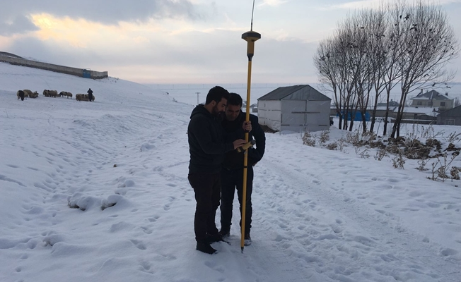 Çaldıran'da kış mevsiminde yaz hazırlığı