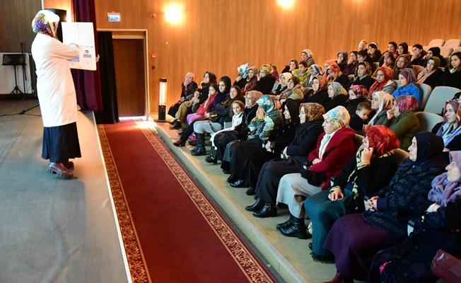 İpekyolu Belediyesi sağlık seminerlerine devam ediyor