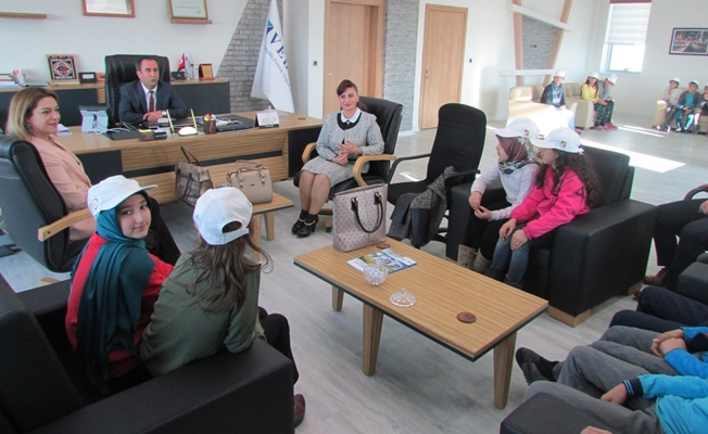 TEGV'li çocuklardan VEDAŞ'a ziyaret