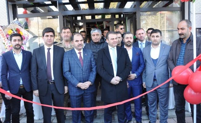 Erciş'te protokolden iş yeri açılışı