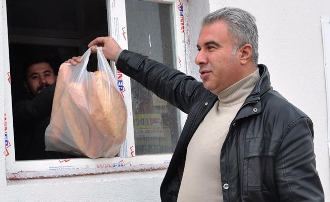 Erciş Belediyesi halk ekmeği satış noktalarını arttırdı