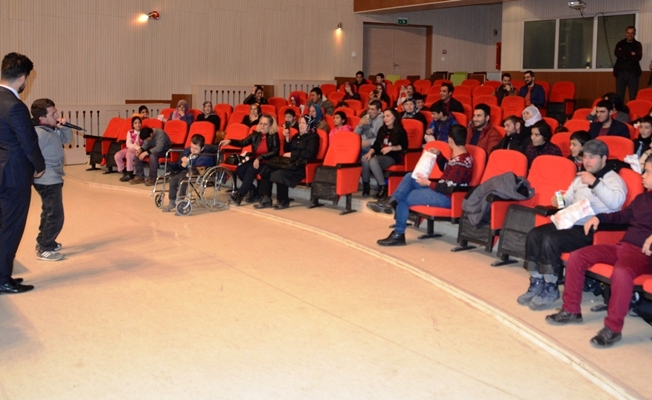 Erciş'te 'Geleceğimizi Kucaklıyoruz' projesi