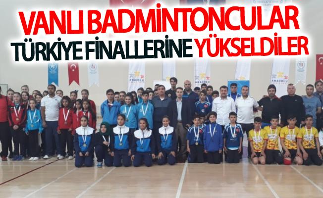 Vanlı badmintoncular Türkiye finallerine yükseldiler