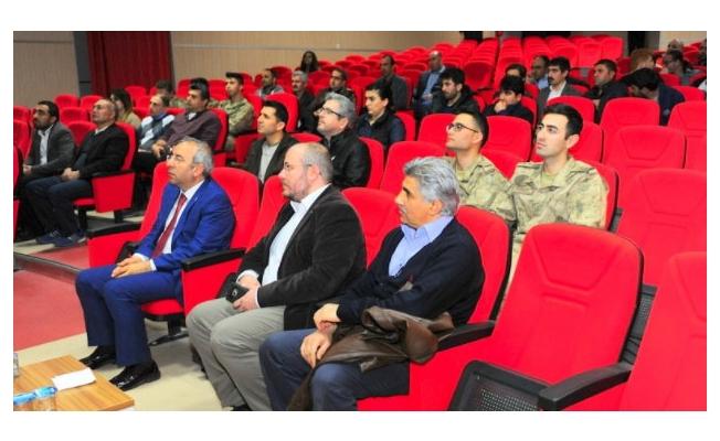 YYÜ'de 100. yıl etkinlikleri semineri