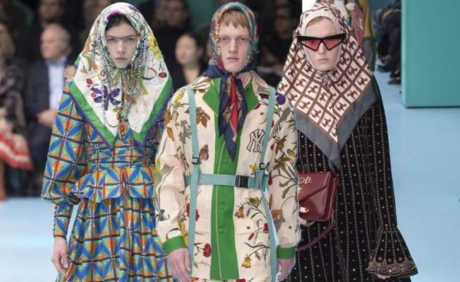 Moda Dünyasında Örtülü Tasarımlar İlgi Çekiyor