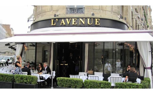 Paris'in ünlü restoranı, Arapça adı olanları ve başörtülüleri kabul etmiyor