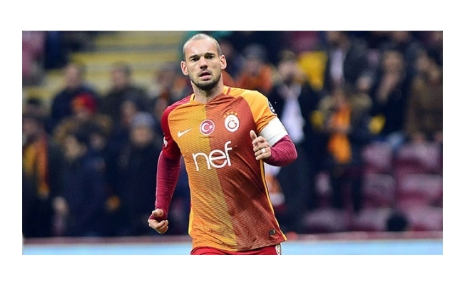 Sneijder'den flaş karar!