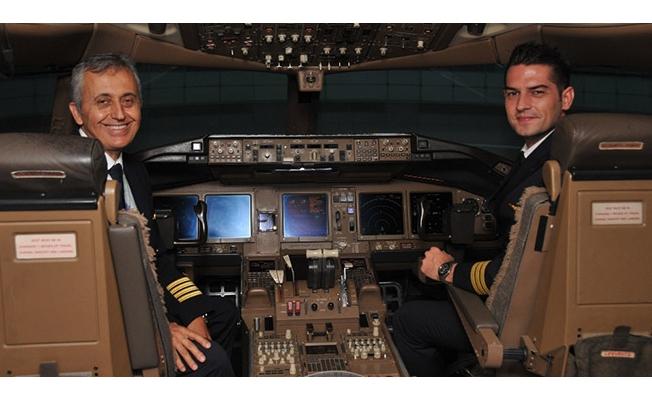 THY 25 bin lira maaşla pilot adayı arıyor