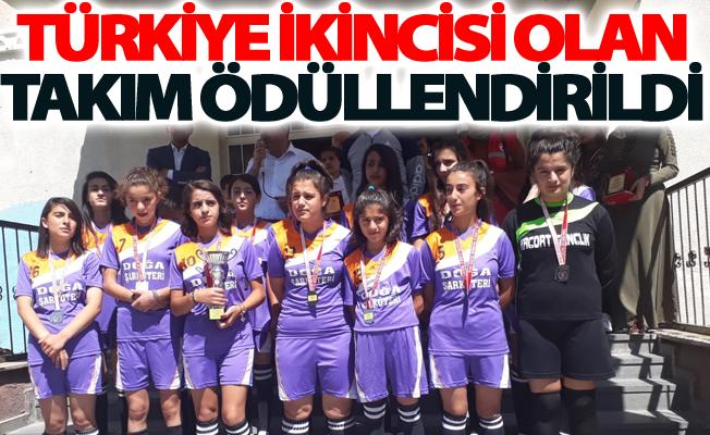 Türkiye ikincisi olan Takım ödüllendirildi
