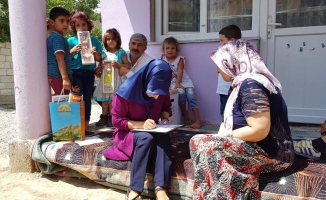 """İpekyolu'nda """"vefa, merhamet ve sevgi"""" ziyaretleri devam ediyor"""
