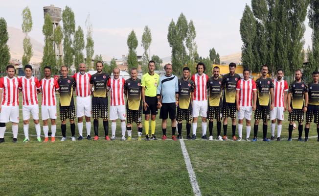 Van Büyükşehir Belediyesinden 'Birimler Arası Futbol Turnuvası' başladı