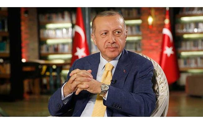 YSK Başkanı Güven, Cumhurbaşkanı Erdoğan'ın mazbatasını Kahraman'a teslim etti