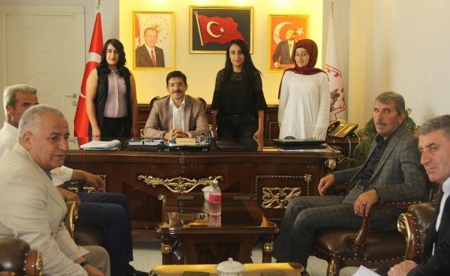 Kaymakam Öztürk, belediye personeliyle bayramlaştı