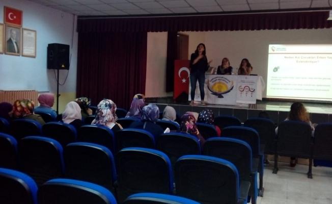 Özalp Belediyesinden kadınlara seminer