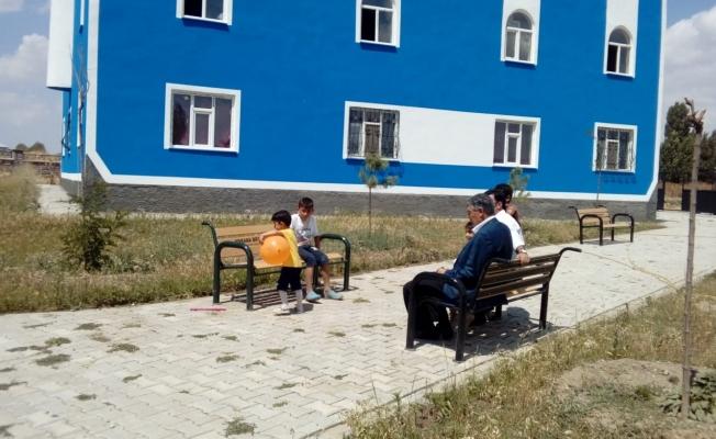 Özalp Belediyesinden cami ve taziye evi yapımına destek