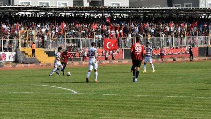 Van Büyükşehir Belediyespor Kemerspor deplasmanından 3 puanla dönüyor