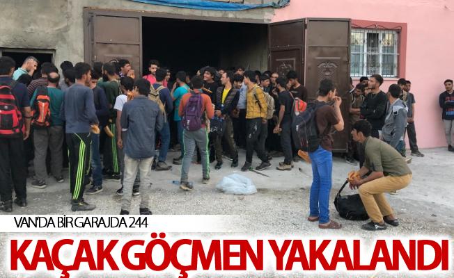 Van'da bir garajda 244 kaçak göçmen yakalandı