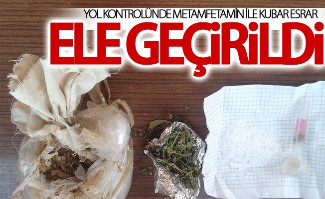 112 gram metamfetamin ile 300 gram kubar esrar ele geçirildi