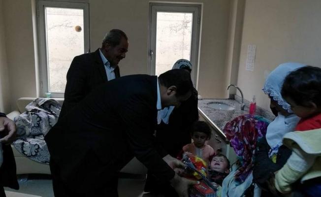Bahçesaray'da 100 çocuk sünnet ettirildi