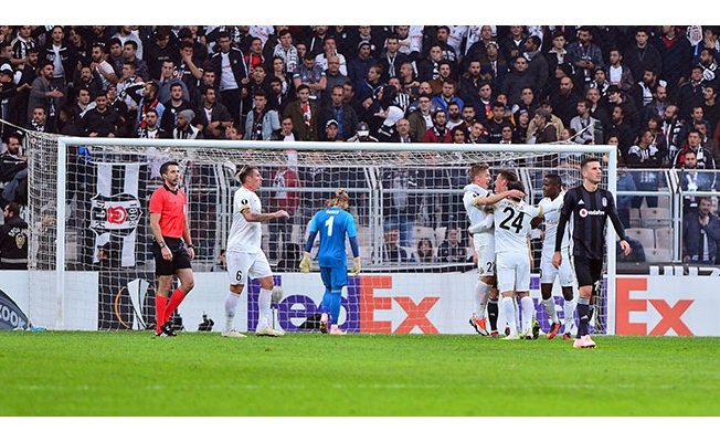 Beşiktaş 2-4 Genk