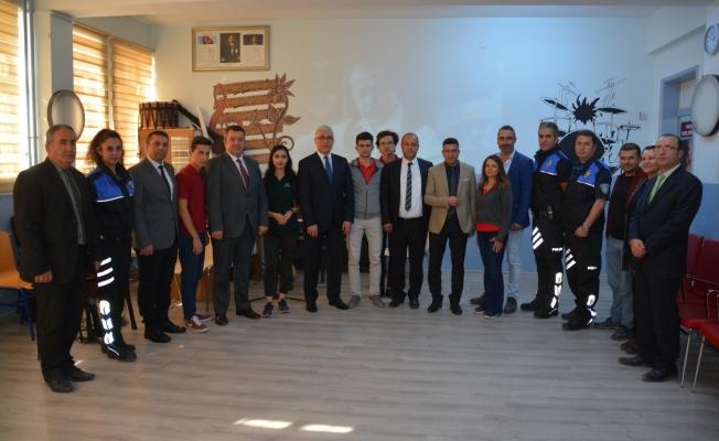 Ekici'den Atatürk Anadolu Lisesine ziyaret
