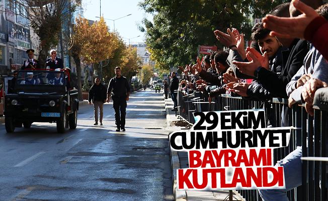 Van'da 29 Ekim Cumhuriyet Bayramı coşkusu
