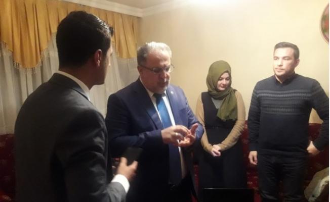 AK Parti'li Gülaçar'dan Sakçı ailesine taziye ziyareti