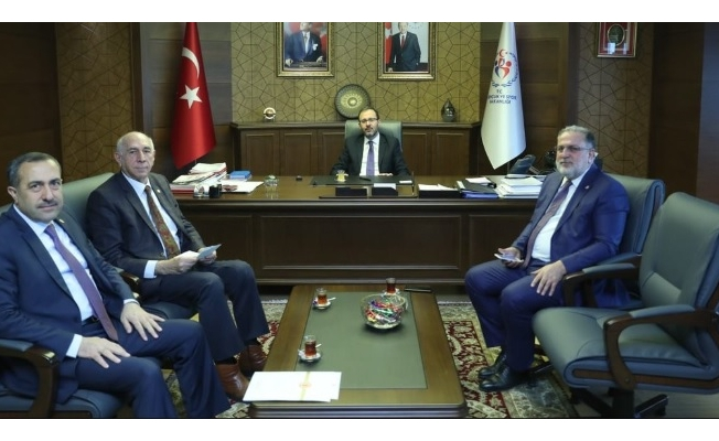 Van milletvekillerinden Bakan Kasapoğlu'na ziyaret