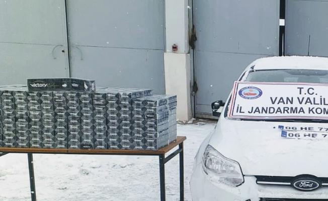 Van'da kaçak sigara operasyonu: 2 gözaltı