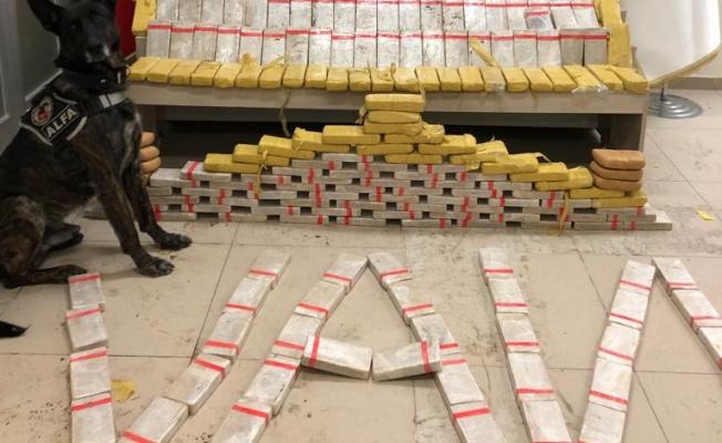 Van'da bir tırda 133 Eroin kilo ele geçirildi