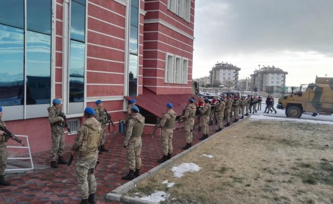 Van'da operasyon: 13 tutuklama