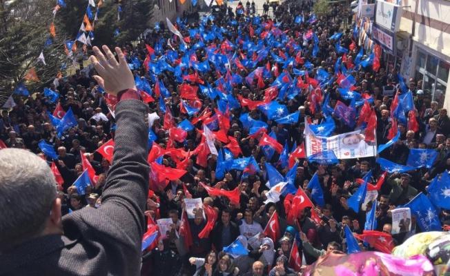 Nejdet Takva'dan Bahçesaray'da miting HDP'ye ziyaret