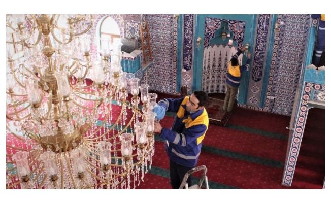 Tuşba Belediyesinin Gül kokulu Camiler projesi