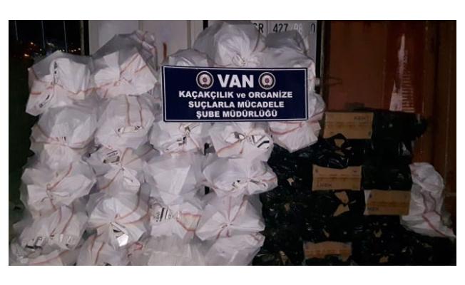 Van'da 26.250 paket kaçak sigara ele geçirildi