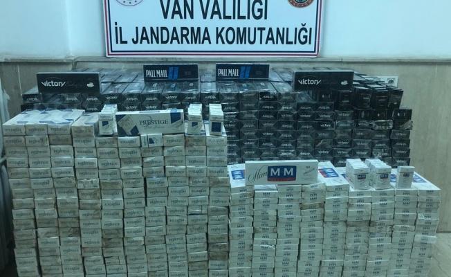 Çaldıran'da 19 bin 952 paket kaçak sigara ele geçirildi