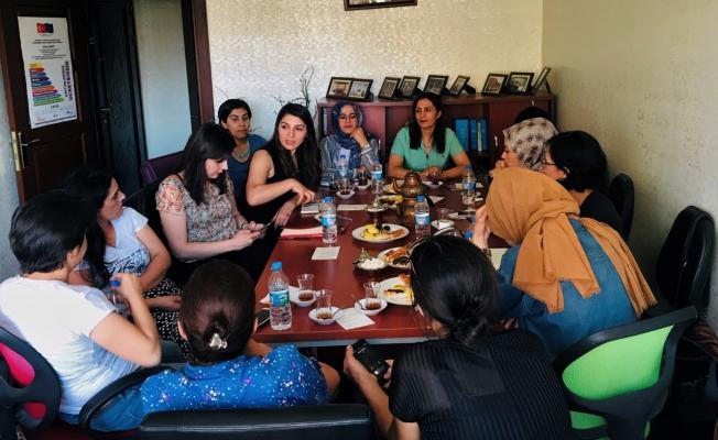 Eşbaşkan Şehsade Kurt, Kadın Derneklerini Ziyaret Etti
