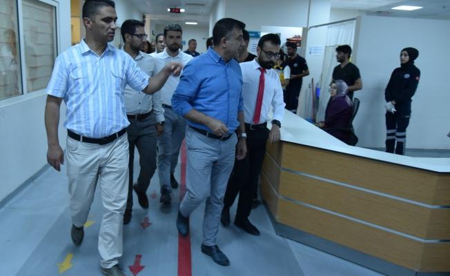 Sünnetçioğlu'ndan Erciş Devlet Hastanesine Ziyaret