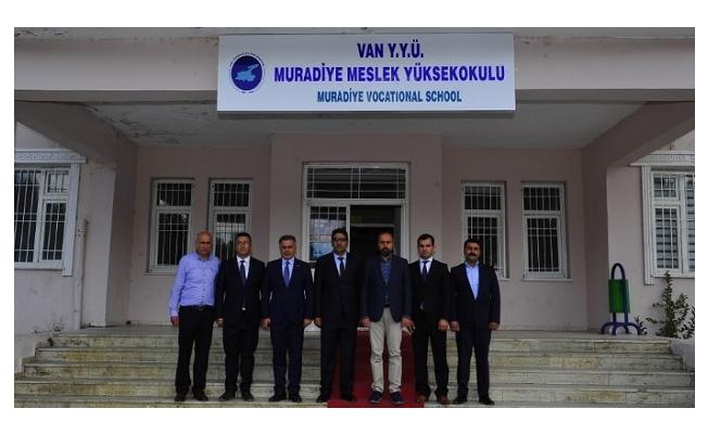 Rektör Şevli, Muradiye MYO'yu ziyaret etti