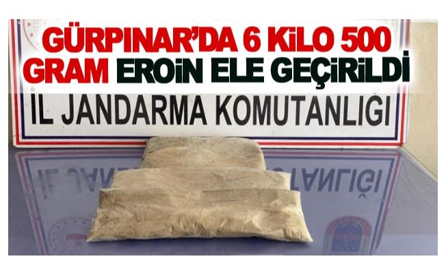 Gürpınar'da 6 kilo 500 gram eroin ele geçirildi