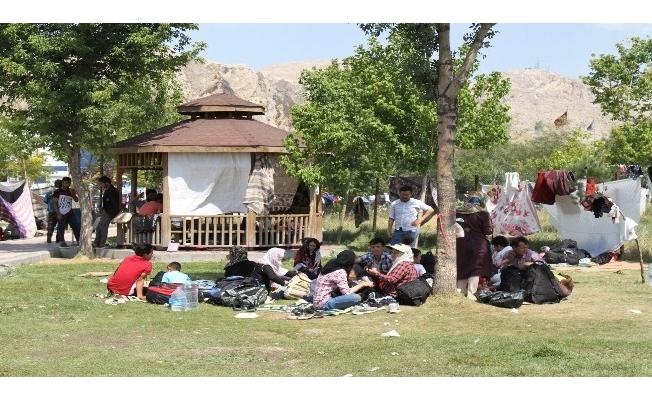İran'la kapıları kapatan Van'ı bekleyen tehlike: Göçmenler!