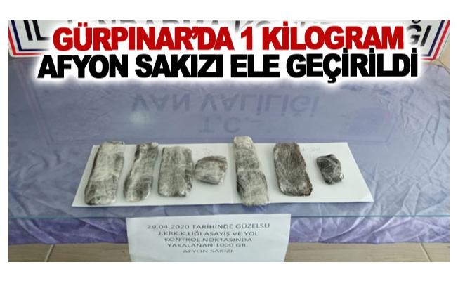 Gürpınar'da 1 kilogram afyon sakızı ele geçirildi