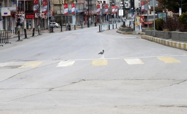 Van'da sokağa çıkma yasağı sessizliği yaşanıyor