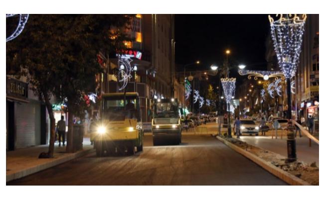 Maraş Caddesi'nde asfaltlama başladı