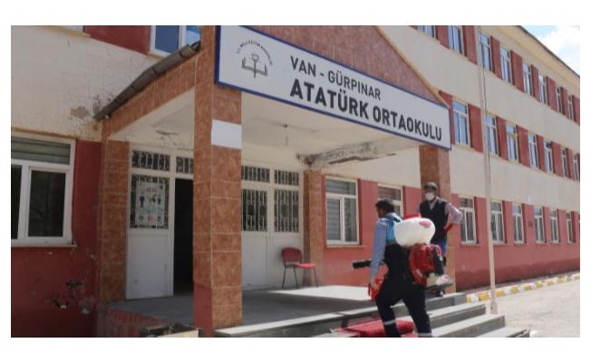 Gürpınar Belediyesi yüz yüze eğitim öncesi okulları hazır hale getiriyor