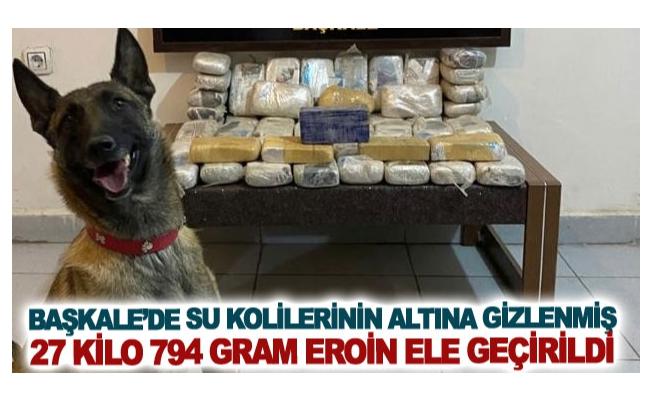 Başkale'de su kolilerinin altına gizlenmiş 27 kilo 794 gram eroin ele geçirildi