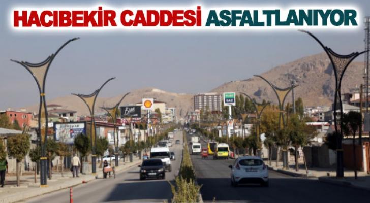 Hacıbekir caddesi asfaltlanıyor