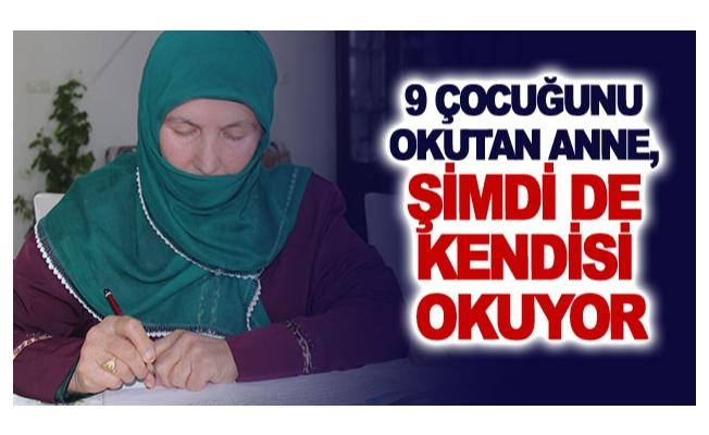 Dokuz çocuğunu okutan anne, şimdi de kendisi okuyor