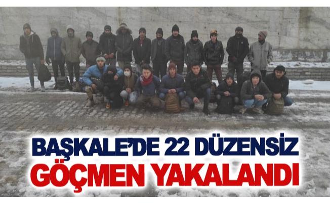 Başkale'de 22 düzensiz göçmen yakalandı