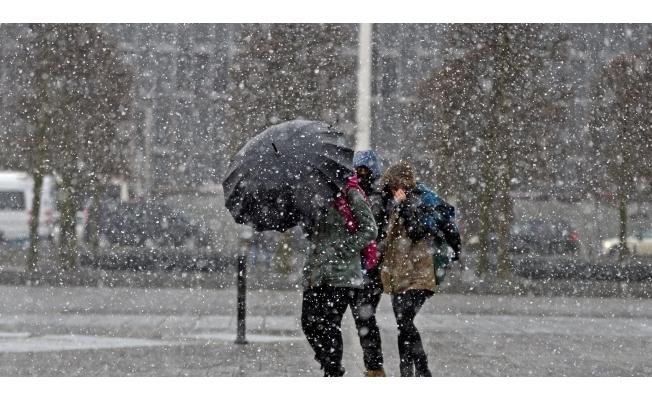 Meteorolojiden yoğun kar yağışı ve kuvvetli rüzgar uyarısı